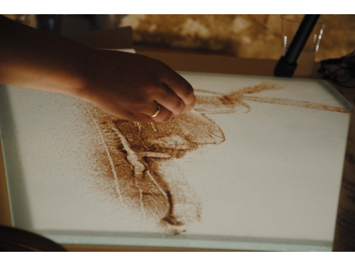 sand-animation-olga-parn-animafest2